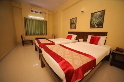 Hotel Kamat Plus