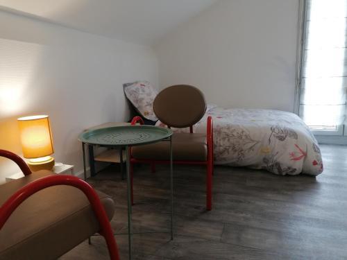 Studio tout confort au Sud-Est de Paris, 5 min du centre de Paris - Location saisonnière - Maisons-Alfort