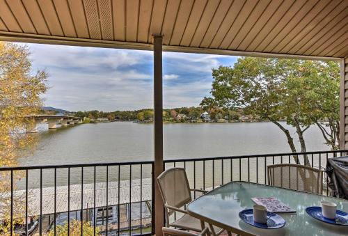 Hot Springs Condo Situated on Lake Hamilton!