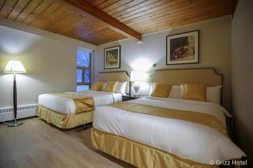 Grizz Hotel - Revelstoke
