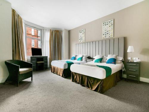 Ivory Hotel