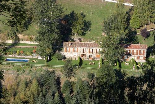 . Apartamentos Rurales Les Barnedes