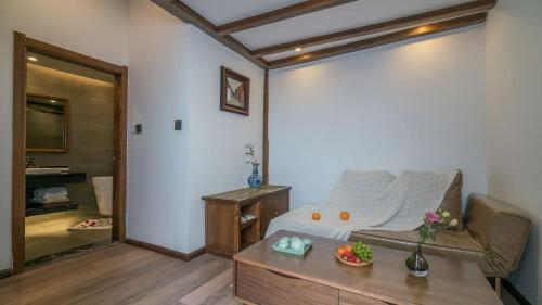 豪华双人间 - 带阳台 (Deluxe Double Room with Balcony)