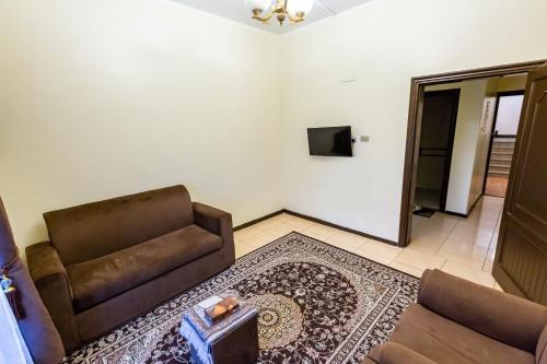 Al Eairy Furnished Apartments- Jeddah 1 Main image 2