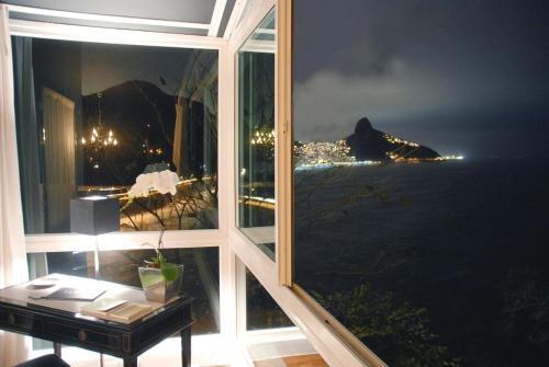 Rua Jackson de Figueiredo 501, Rio de Janeiro, 22611-000, Brazil.
