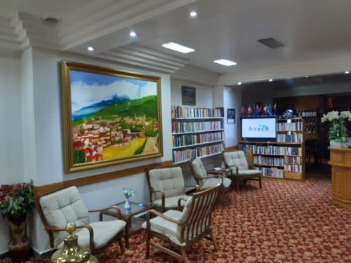 . Hotel Cesmeli