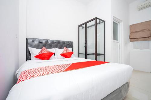 . OYO 2210 Star One Guest House