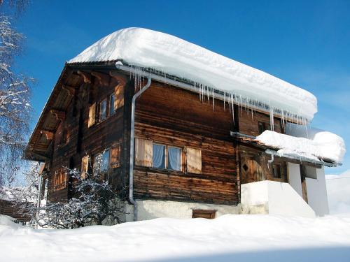 Casa Cadruvi, Ferienhaus in Obersaxen, 150 Quadratmeter - Apartment - Obersaxen