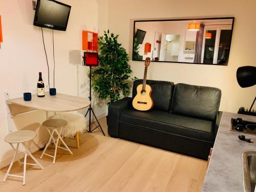 cosy studio montmartre - Hôtel - Paris