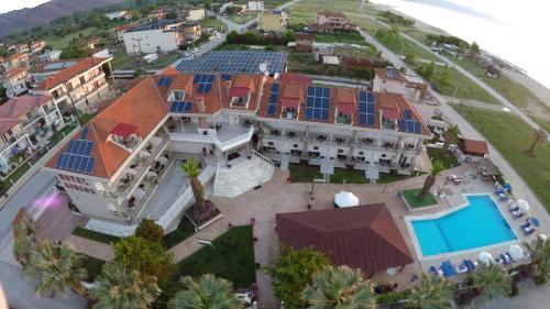 __{offers.Best_flights}__ Rihios Hotel