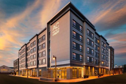 . AC Hotel by Marriott Portsmouth Downtown/Waterfront