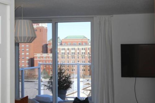 Halifax Tobin St Apartment - Halifax, NS B3H 1S2