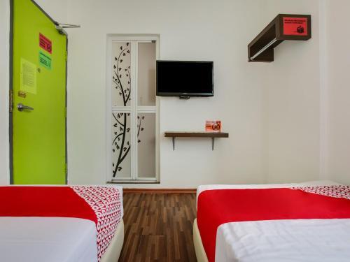A Hotel Com Oyo 89617 Selesa View Hotel Bukit Gambir Malaysia Price Reviews Booking Contact