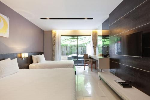 The Charm Resort Condo with Private Jacuzzi - 40m to Patong Beach The Charm Resort Condo with Private Jacuzzi - 40m to Patong Beach