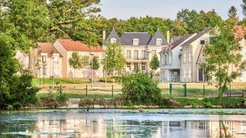 . Résidence Château du Mée