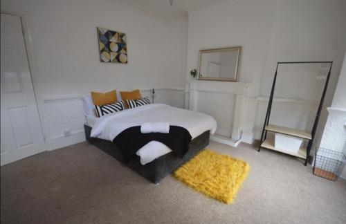 4 Bed Nuneaton House With A Central Location -Ricoh/NEC