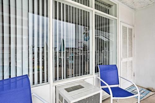 Virginia Beach Studio w/ Balcony + Pool View! Main image 1