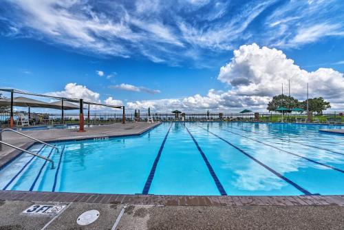Experience Walden Golf Club - Lake Conroe Getaway! - Apartment - Montgomery