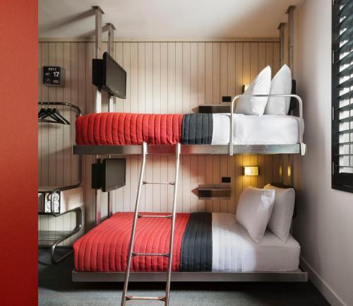 Pod 39 Мини-номер с двухъярусной кроватью