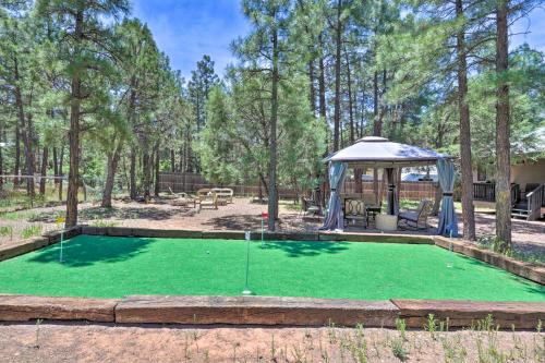 Show Low Home with Hot Tub, Putting Green, & Gazebo!