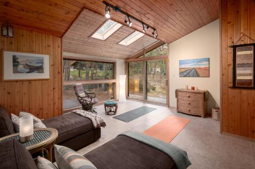 Accommodation in Fairmont Hot Springs
