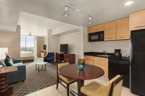 Residence Inn by Marriott Fort Lauderdale Intracoastal - image 9