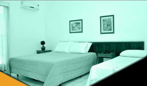 Hotel Dourado