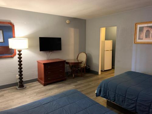 City Center Motel - Photo 6 of 20