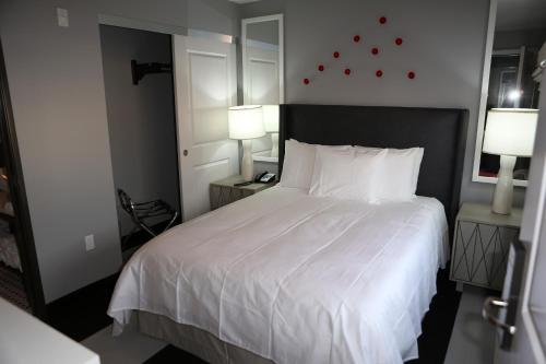 Hollywood Le Bon Hotel Main image 1