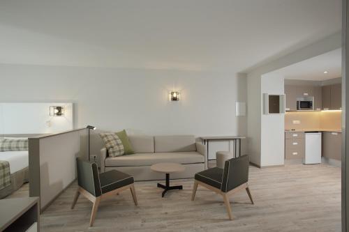 Фото отеля Apartamentos Caribou