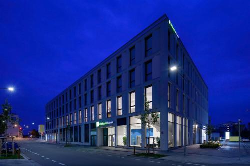 . Holiday Inn Express - Regensburg, an IHG Hotel