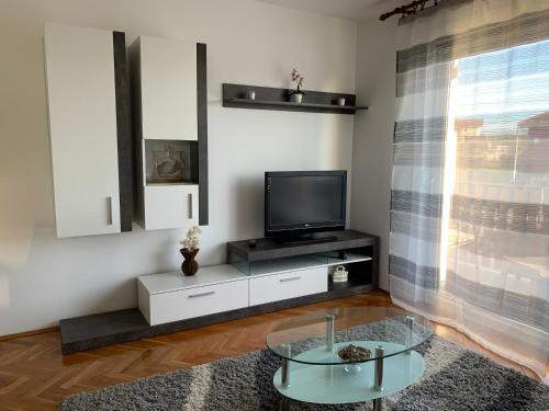 Apartman MADAPE - Apartment - Sesvete