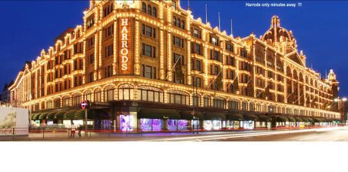 Royal Kensington Apartments