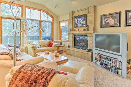 Rocky Mountain Retreat Less Than 1 Mi to Dwtn Estes Park! - Apartment - Estes Park