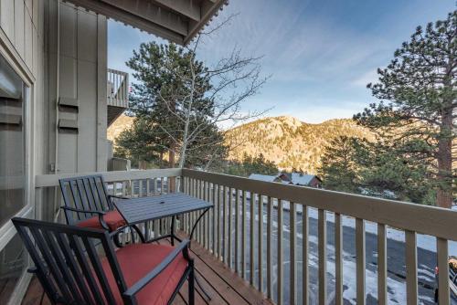 Remote Estes Park Mountain Condo - Rockies 2 Miles - Apartment - Estes Park