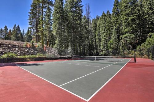 Riverfront Alpine Meadows Resort Townhome with Pool! - Alpine Meadows