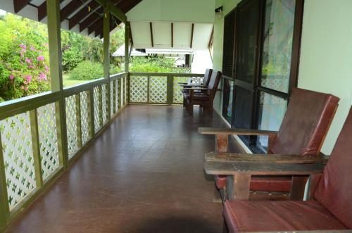 Фото отеля Gina's Garden Lodges