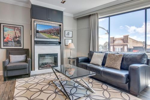 . Head For The Hills At Charming Mountain Apartment