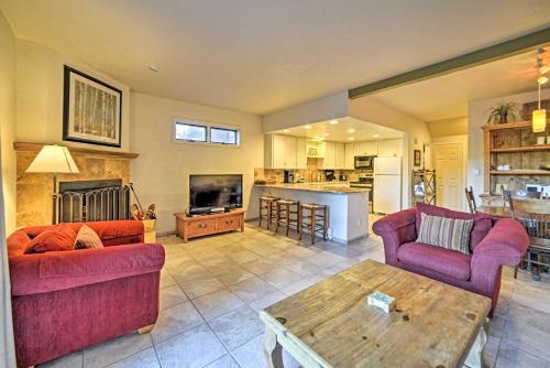 Durango Family Condo with Deck, about 1 Mi to Ski Resort - Apartment - Durango