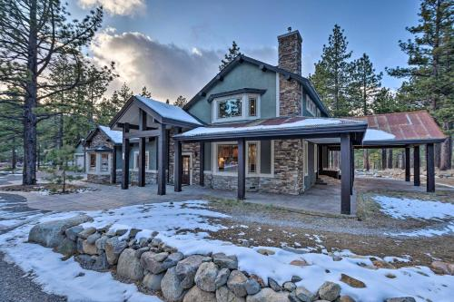 Sleek Reno-Lake Tahoe Retreat, 4 Mi to Ski Mt Rose - Hotel - Reno