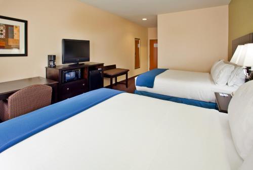 Holiday Inn Express Hotel & Suites Pryor - Pryor, OK 74361