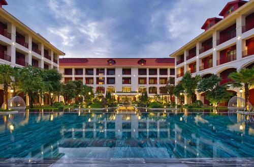 . Senna Hue Hotel