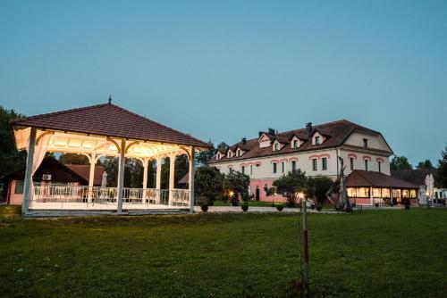 Guesthouse Bistra - Hotel - Vrhnika