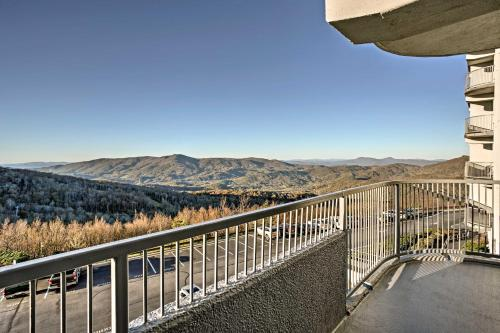 Cozy Sugar Mountain Condo with Pool, Hot Tub Access! - Apartment - Sugar Mountain