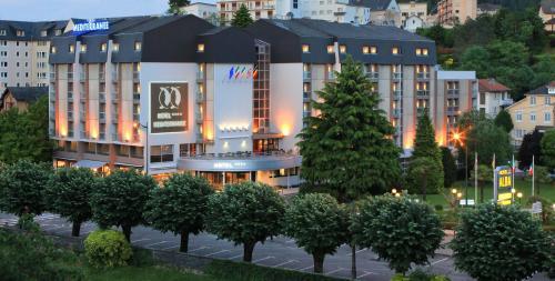 Hôtel Le Méditerranée - Hôtel - Lourdes