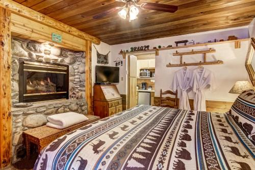 Heavenly Valley Lodge Bed And Breakfast