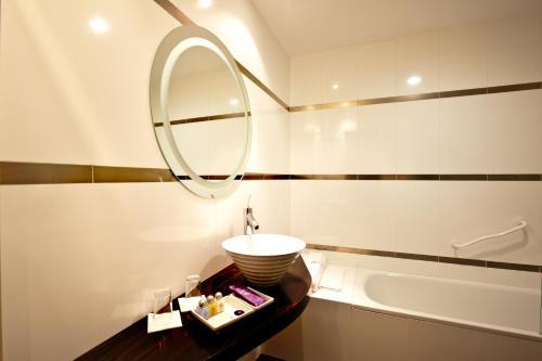 Doppel-/Zweibettzimmer mit eigener Terrasse Luces del Poniente 10