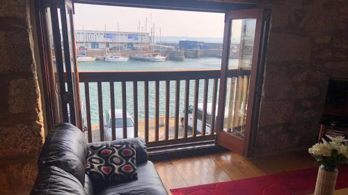 . Sail Loft Lookout - Harbourside Apartment - 101