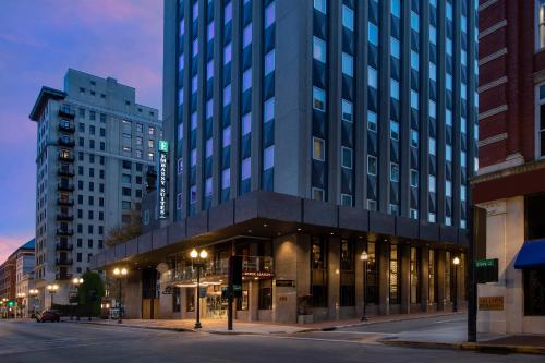 . Embassy Suites By Hilton Knoxville Downtown