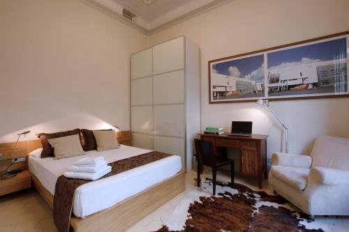 Two-Bedroom Suite with Balcony Ca La Maria Boutique B&B 16
